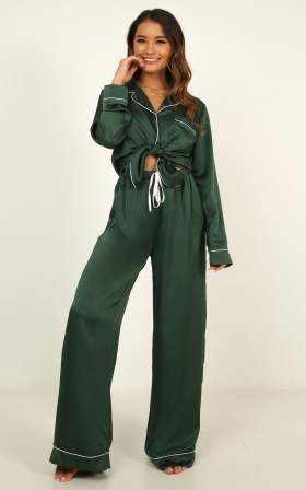Kingdom Sleep Pants in emerald satin