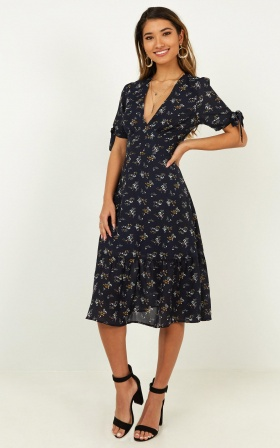 Mixing Friend Dress In Navy Floral