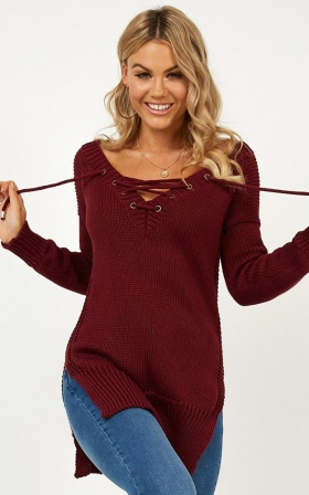 Sewn In Knit sweater In Wine