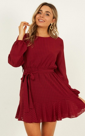 Streamline Dress In Wine
