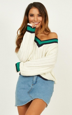 Too Much Chemistry Knit Jumper In White