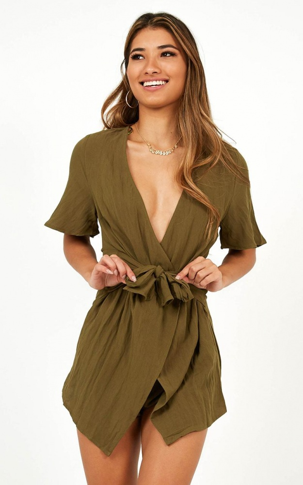 /5/_/5_sugar_coated_playsuit_in_khaki_linen_lo.jpg