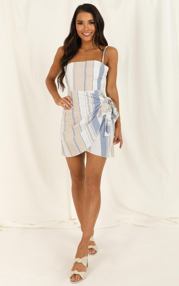 /a/c/accelerate_dress_in_blue_stripe_linen_look_ro.jpg