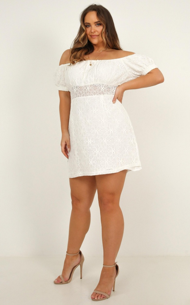 /a/l/all_my_girls_dress_in_white_lace01.jpg