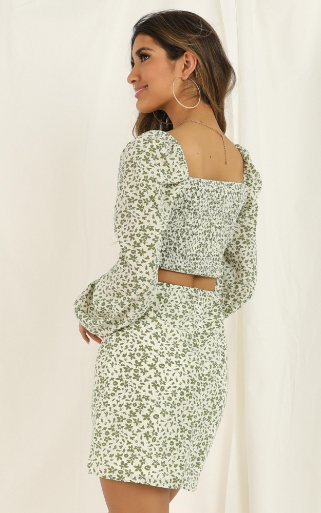 /a/n/another_era_two_piece_set_in_white_floral_5__1.jpg
