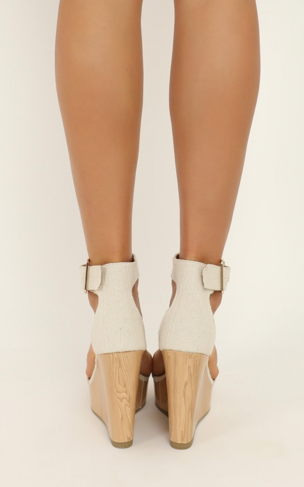 /b/i/billini_-_seychelles_wedges_in_cream_woven_2_.jpg