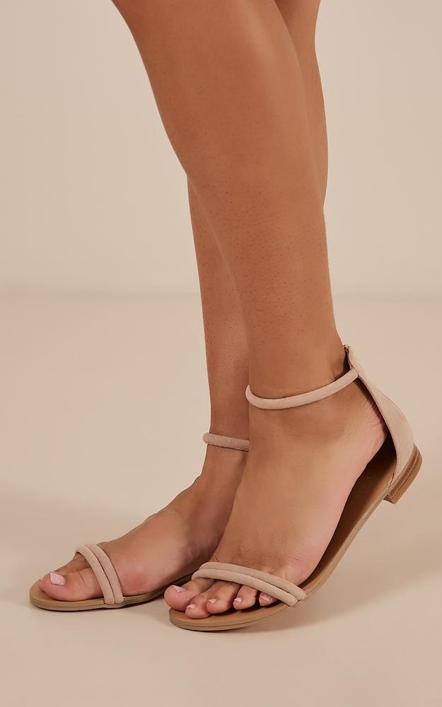 9ac9b6d1dfd0e3  b i billini - union sandals in nude microtn.jpg