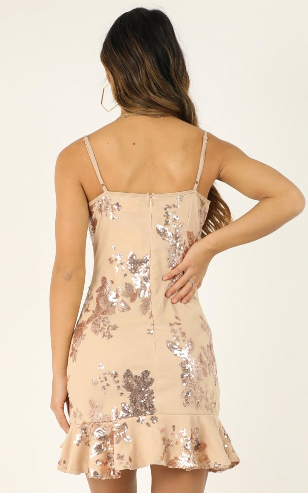 /c/a/carrying_your_love_dress_in_rose_gold_sequin.jpg