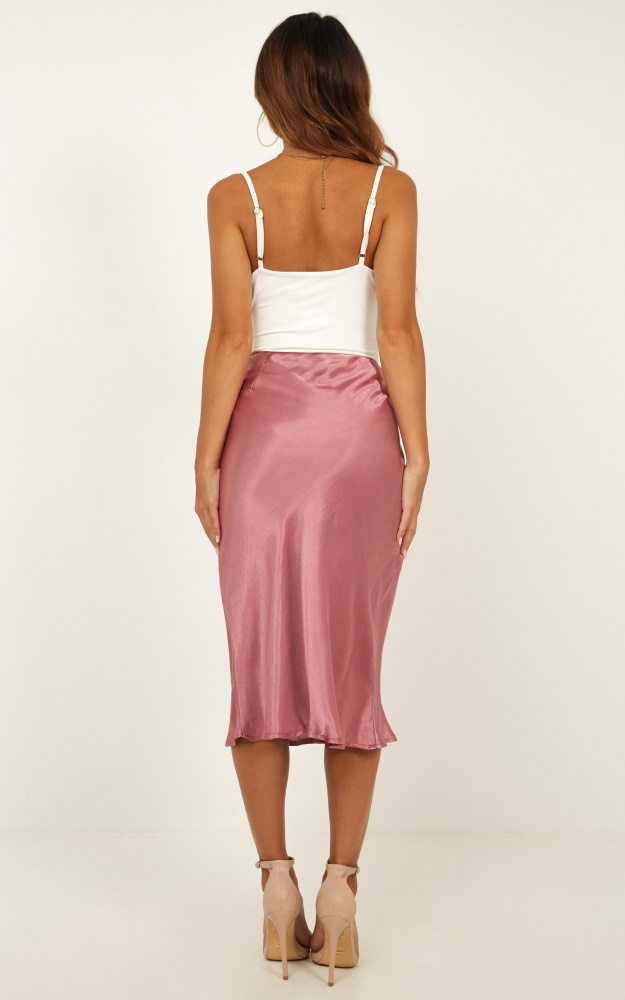/c/r/creating_art_skirt_in_dusty_rose_satin2.jpg