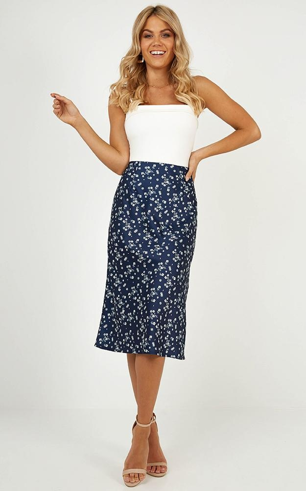 /c/r/crossing_boarders_skirt_in_navy_floral_satitn.jpg