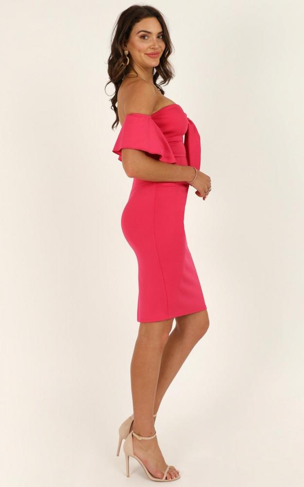 /g/u/guest_edit_dress_in_berry5.jpg