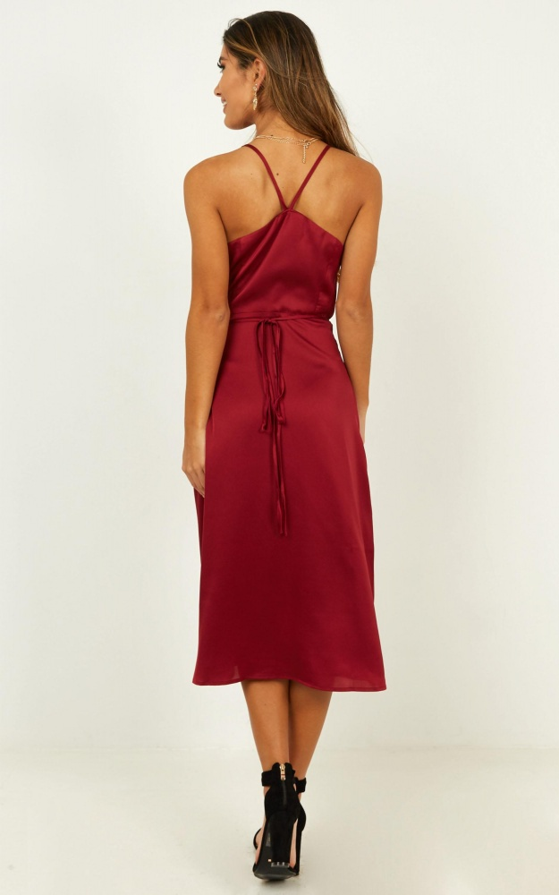/h/e/heart_throbbing_dress_in_wine_satin3.jpg