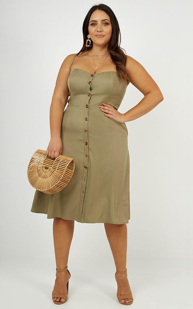 /i/n/in_my_mind_midi_dress_in_khaki_linen_look1.jpg