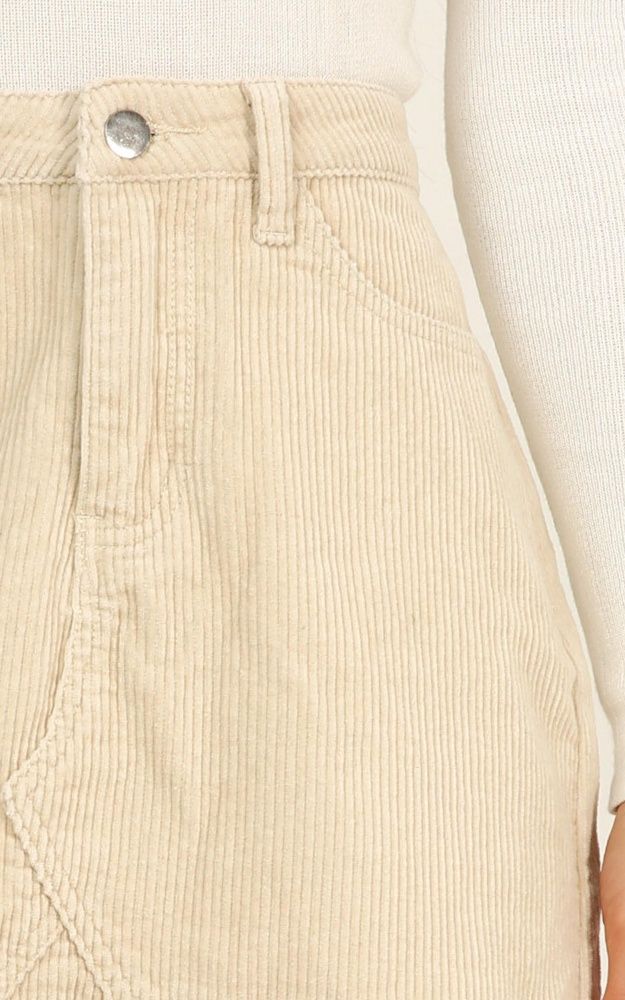 d85e16846218 /k/e/keep_it_hush_skirt_in_beige_cord3.jpg