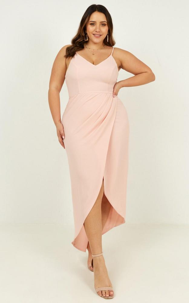 /l/u/lucky_day_maxi_dress_in_blush_2_.jpg
