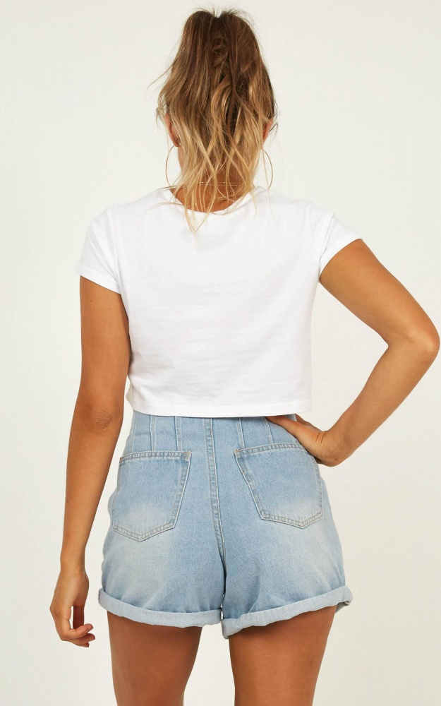 /o/u/out_for_the_day_denim_shorts_in_light_wash_5_.jpg