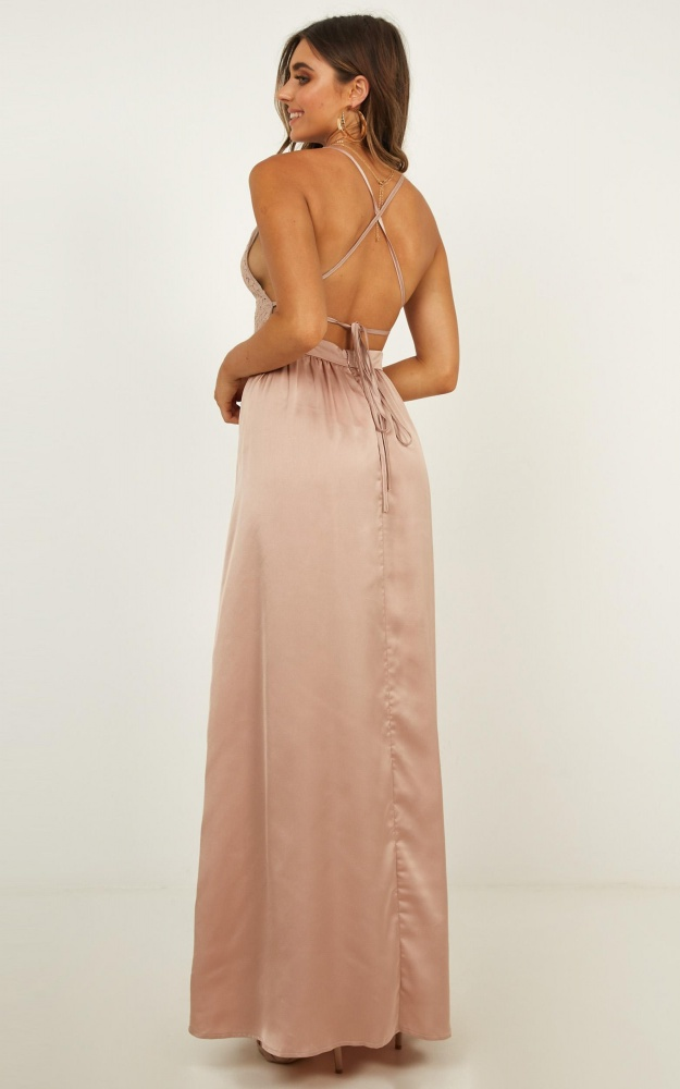 /r/o/roinspired_tribe_maxi_dress_in_mocha_1.jpg