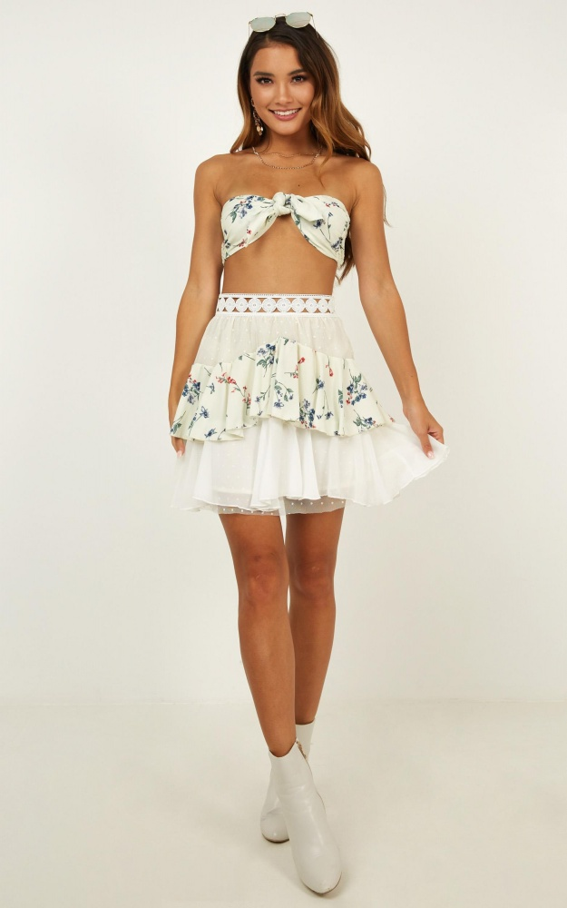 /r/o/rotier_me_two_piece_set_in_cream_floral.jpg