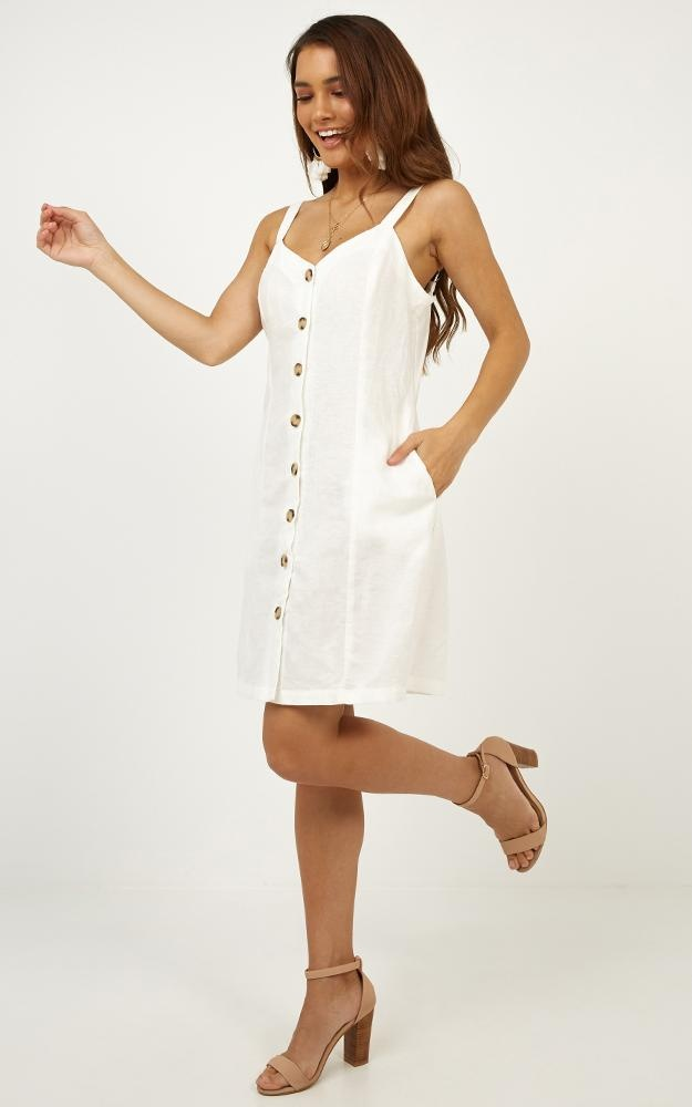 /r/o/rowhat_do_you_mean_dress_in_white_linen_look.jpg