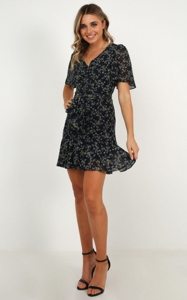 /s/m/small_space_dress_in_navy_floral_ro.jpg