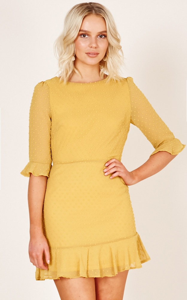 /s/t/stepping_out_dress_in_mustard_tn.jpg