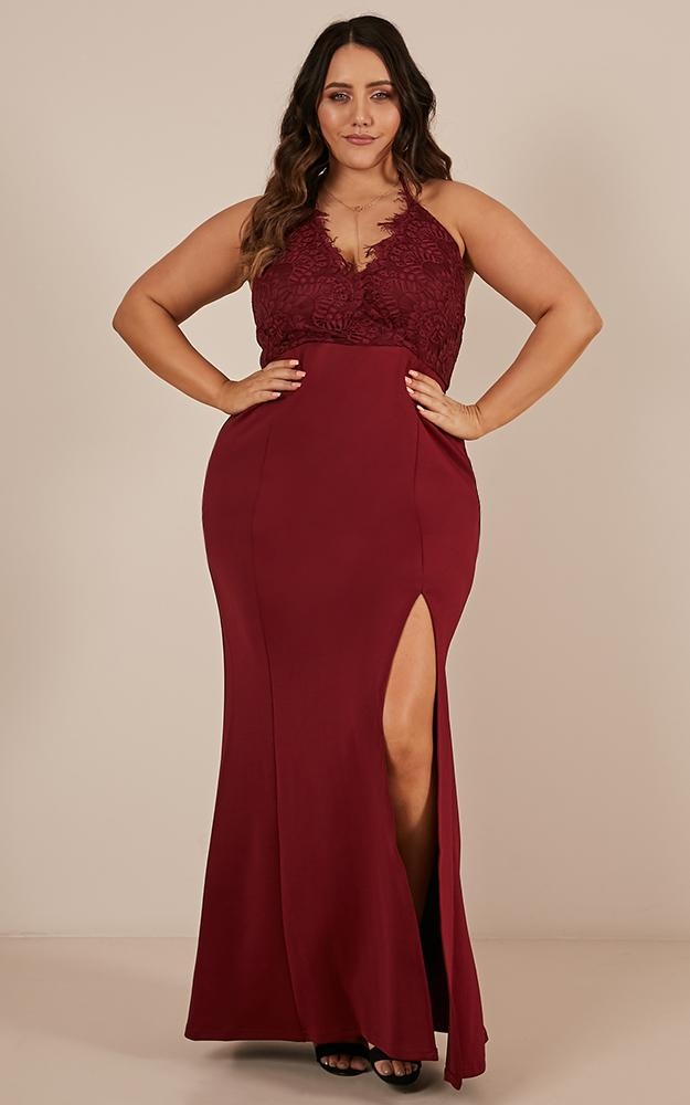 /t/h/the_icon_maxi_dress_in_wine1.jpg