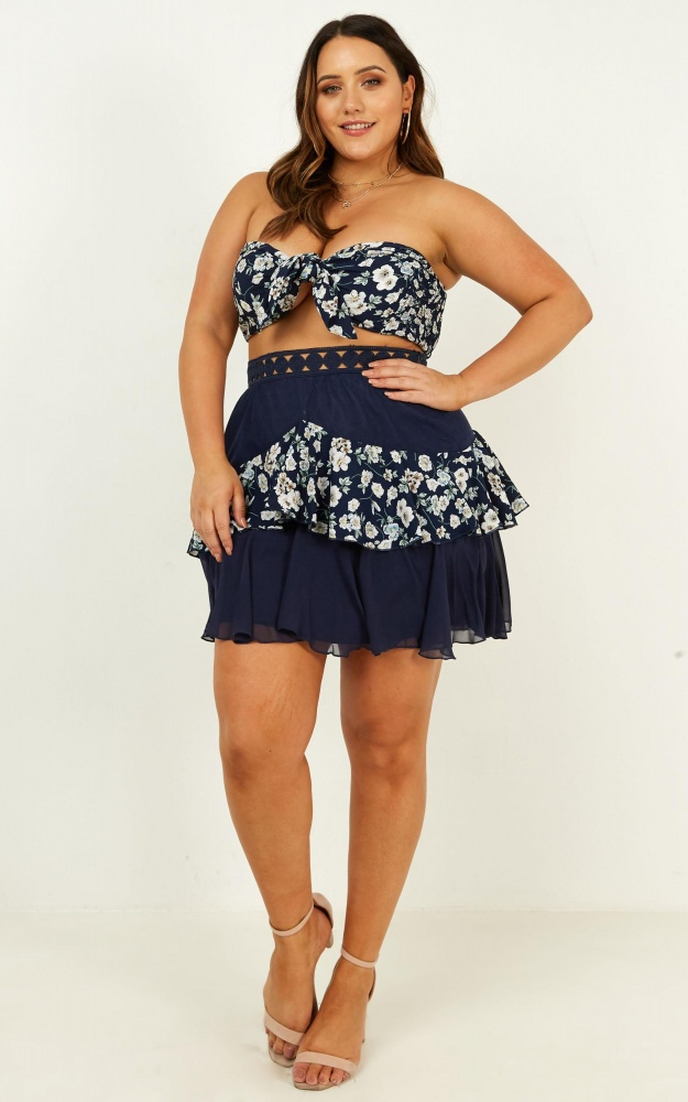/t/i/tier_me_two_piece_set_in_navy_floral_2__1.jpg