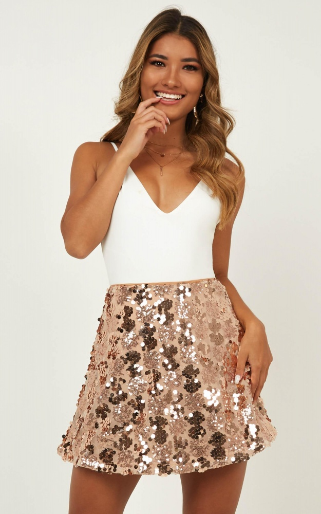 /t/n/tn_whats_right_skirt_in_rose_gold_sequin.jpg