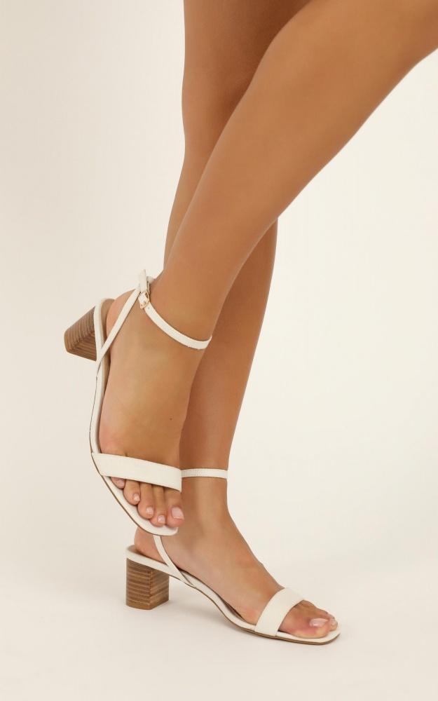 /t/n/tnbillini_-_zuri_heels_in_white_linen.jpg