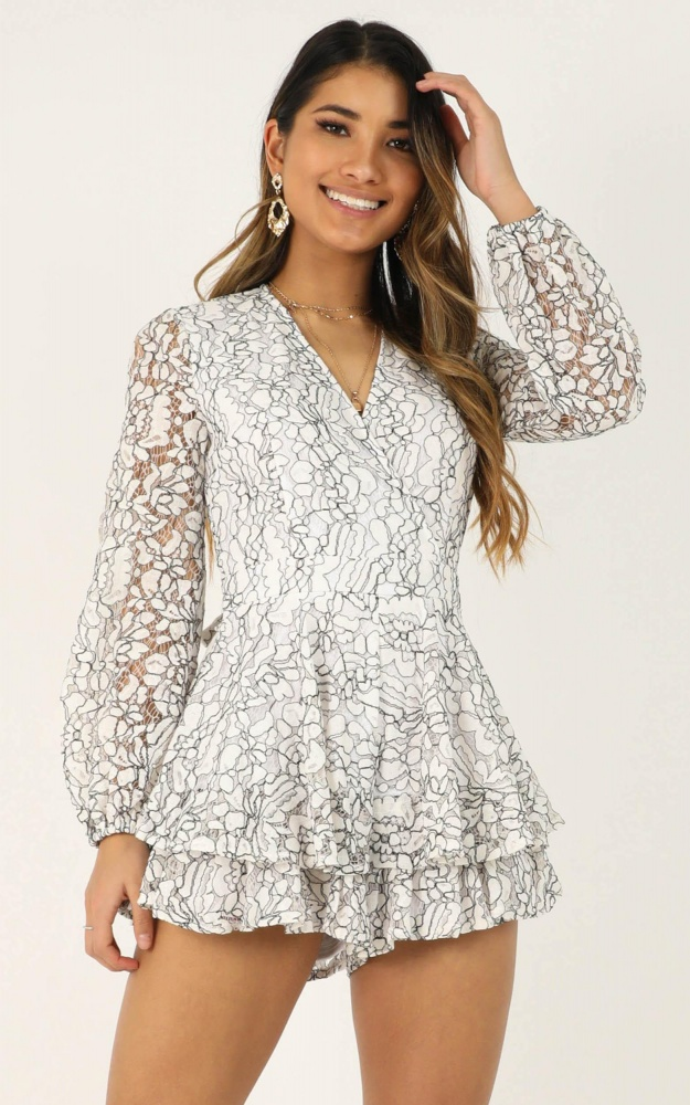 /t/n/tncommunal_love_playsuit_in_white_lace.jpg