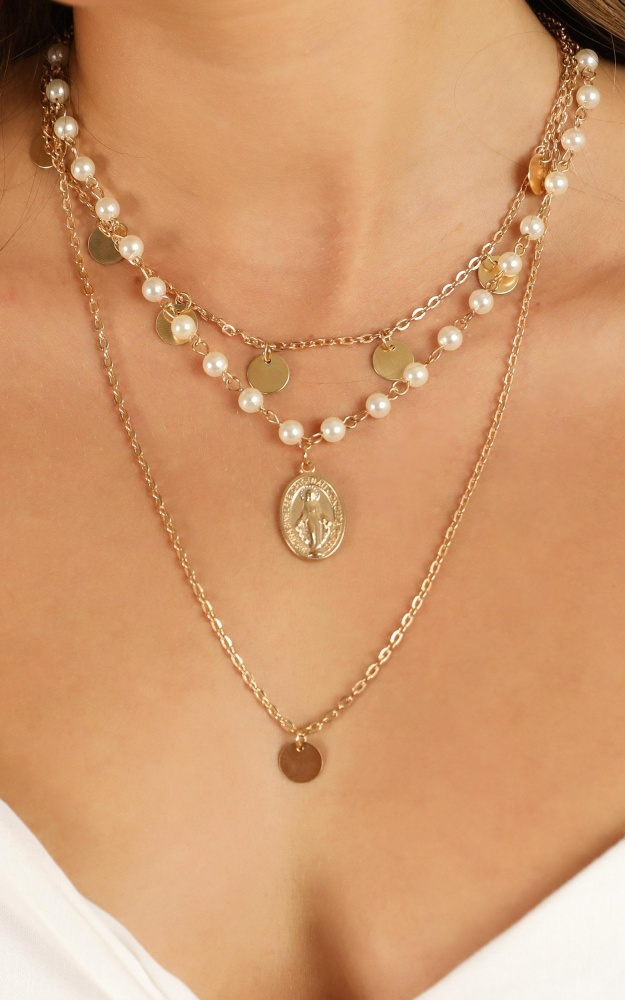 /t/n/tnkeeping_secrets_necklace_in_gold_and_pearl.jpg