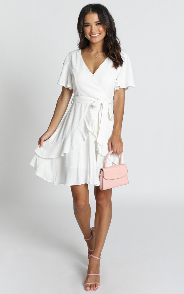/t/r/treat_you_right_dress_in_white.jpg