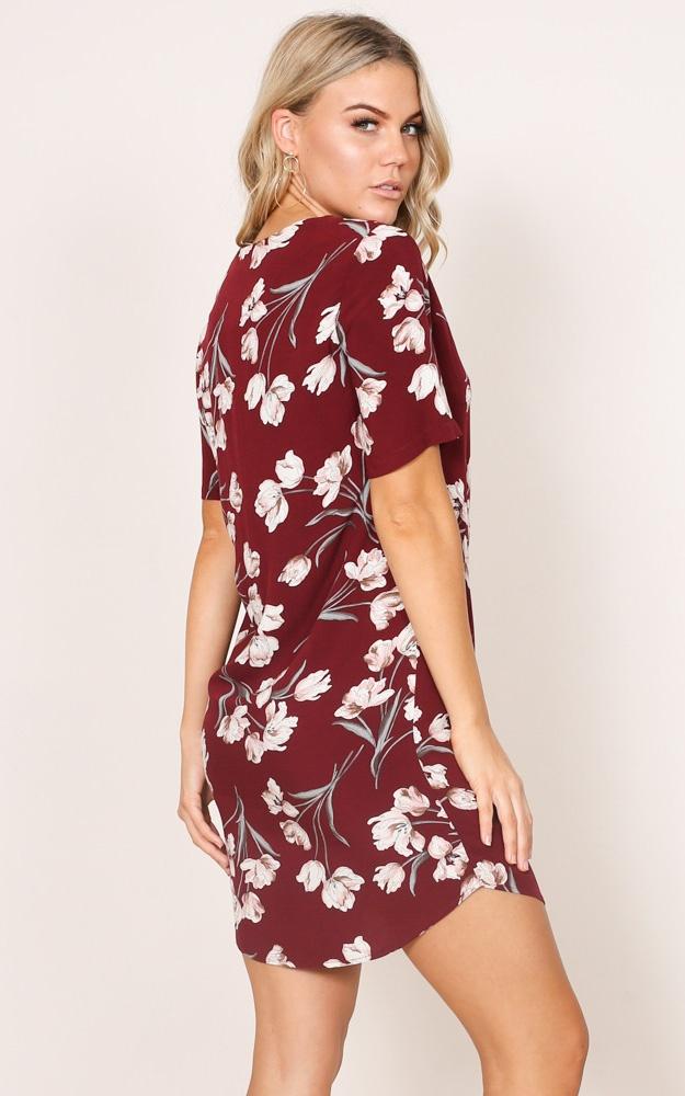 /w/a/way_it_is_shift_dress_in_wine_floralro.jpg