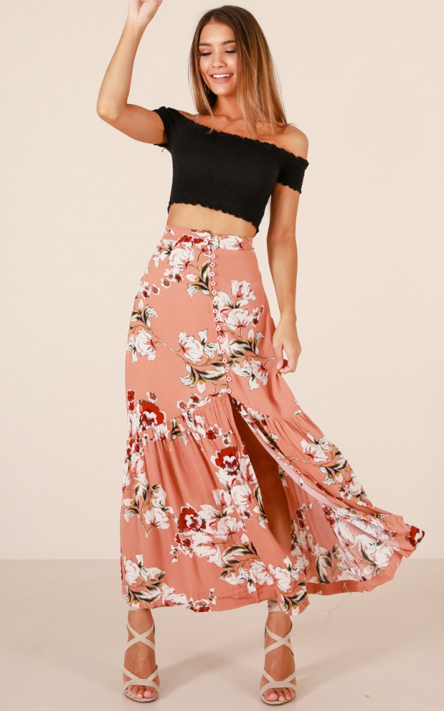 /w/h/who_you_know_skirt_in_pink_floral_tn.jpg